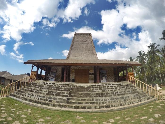 4800 Gambar Foto Rumah Adat Sumba Gratis Terbaru