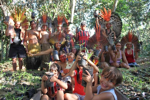 Povo Kuntanawá - (povo do coco)1 - Alto Juruá - Rio Tejo - AC