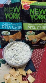 dip and new york style pita chips
