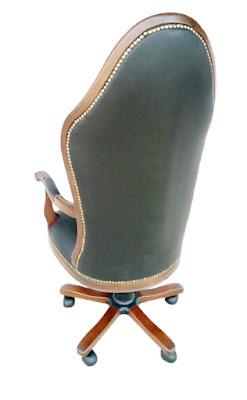 ofis koltuğu,makam koltuğu,yönetici koltuğu,ahşap makam koltuğu,müdür koltuğu,kapitoneli