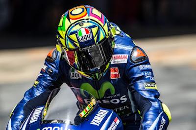 Sasis Baru Yamaha Bikin Rossi Tersenyum Lagi
