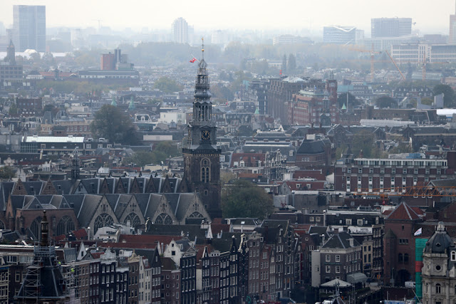 Euroopan korkein keinu sijaitsee Amsterdamissa 19