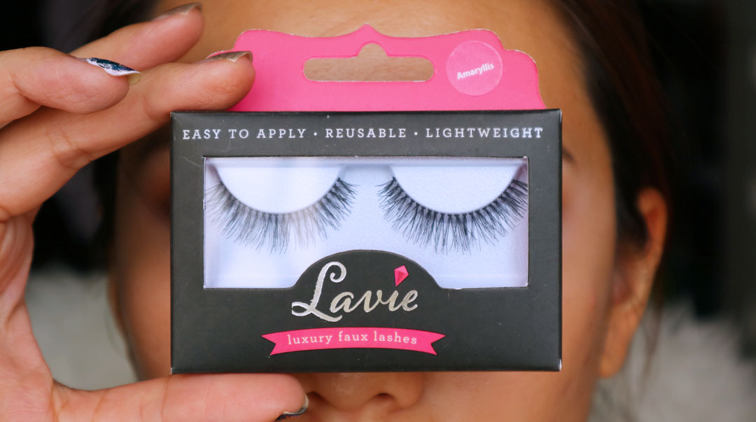 Makeup Tutorial using the Kat Von D Metalmatte Eyeshadow Palette and Lavie Lash Amaryllis