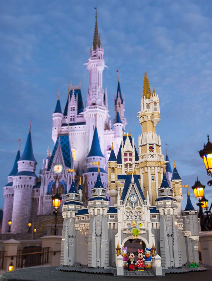 A Look At Disney My Thoughts On The Castle Lego Set Manic