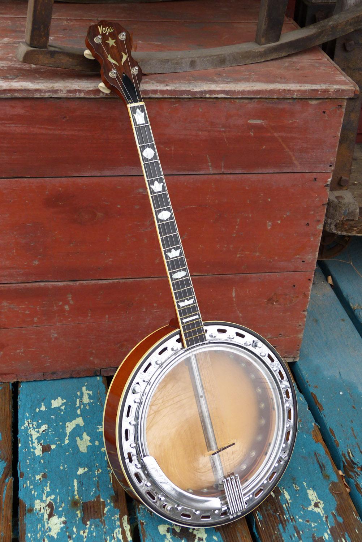 1976 Martin-sold Vega Vox I Resonator Tenor Banjo