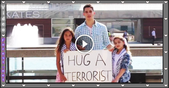What People Of US Did With 2 Little Girls Who Were Saying Will You Hug A Terrorist?