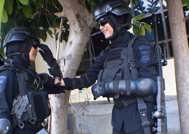 Duet Maut Dua Sniper Cantik Satuan Elit Brimob Polda Aceh