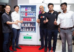 Soon you can buy Xiaomi smartphones through vending machines in India