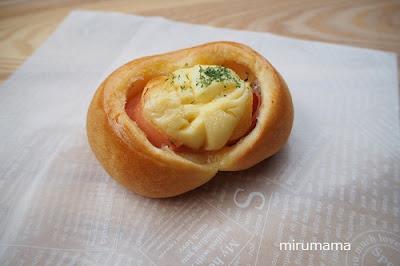 ハムマヨネーズのパン