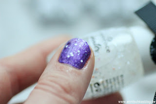 Review: essennce winter dreamin LE - ganz schön verschneit! - snow ball top coat - www.annitschkasblog.de