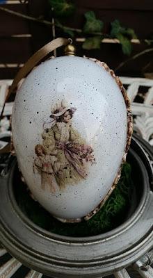 Akrylowe jajka zawieszki.