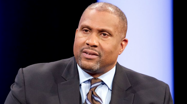 Tavis Smiley Stumbling in Lawsuit Against PBS