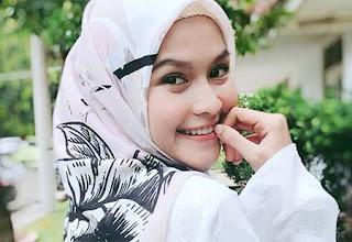 Nadira Octova pemeran Sarah Insya Allah Surga