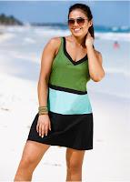 Rochie de plajă realizată din material cu uscare rapidă