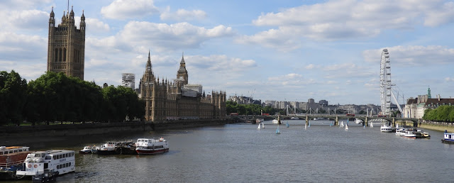 view from lambeth bridge westminster