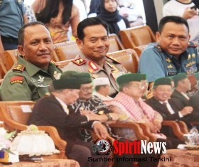 Pangdam Hasanuddin,Kapolda Sulsel,Dampingi Wapres JK di Makassar