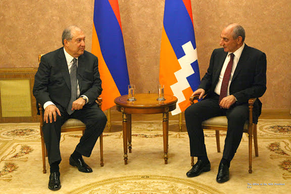 Discuten sobre cooperación Armenia y Artsaj