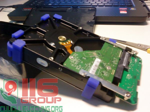 Cứu dữ liệu ổ cứng di dộng 2Tb bị cháy hỏng mạch
