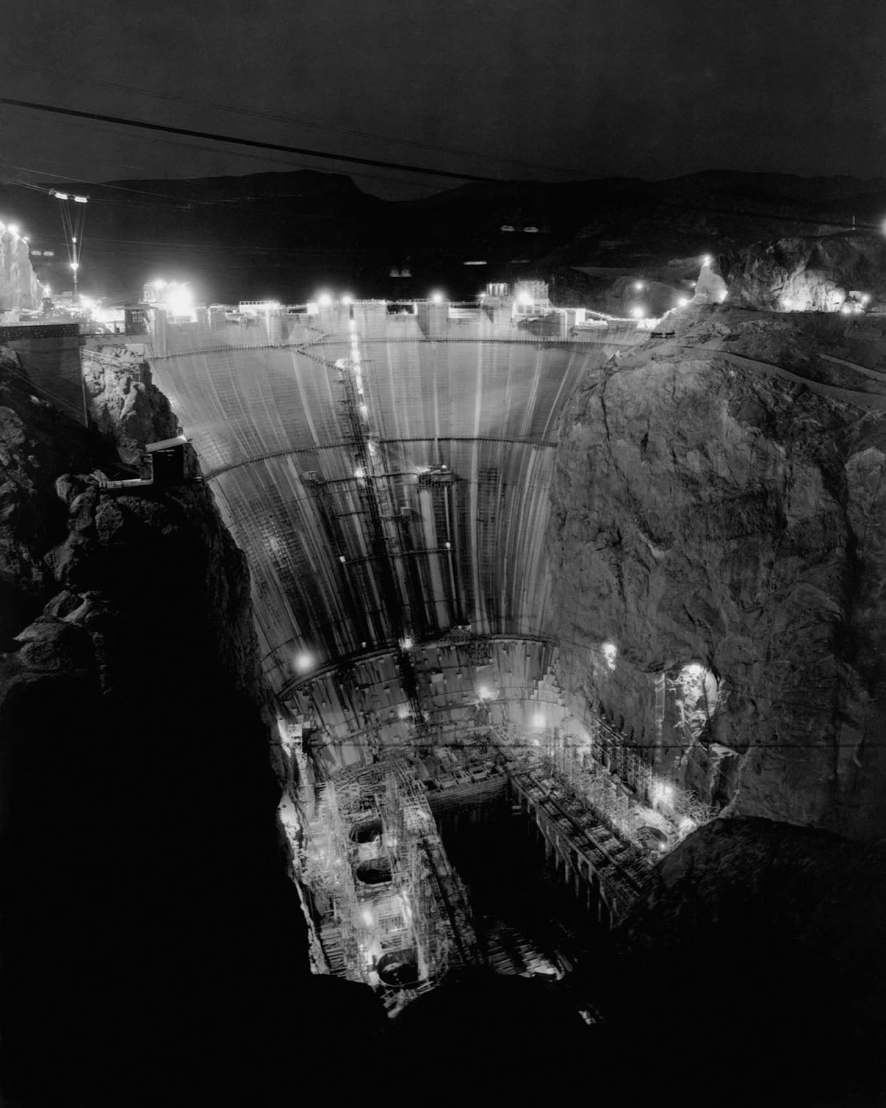 Construction on the dam proceeded day and night. February 25, 1934.