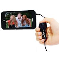 Un gadget pour réaliser des selfies, des photos de soi seul ou en groupe.