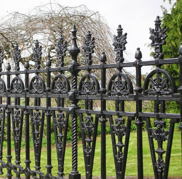 gambar pagar besi minimalis rumah