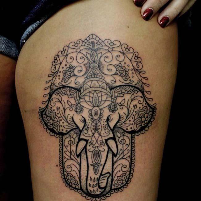 siyah çizim fil dövmesi