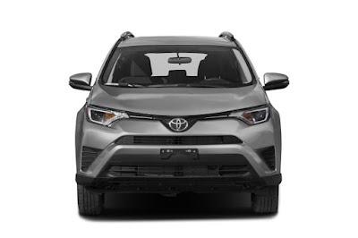 2017 Toyota RAV4 Hybrid front angle  HD Photos