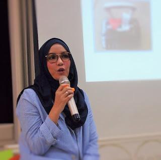 Dini Fitria hadir sebagai pembicara dalam Workshop Menulis dengan Cinta