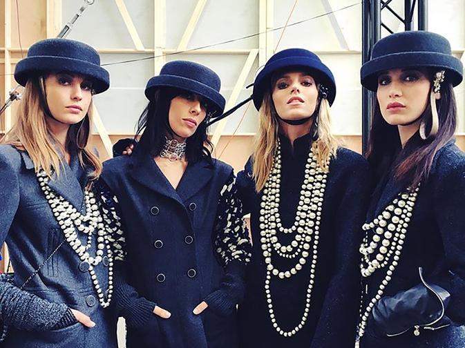 sombreros bombin de Chanel bowler hat