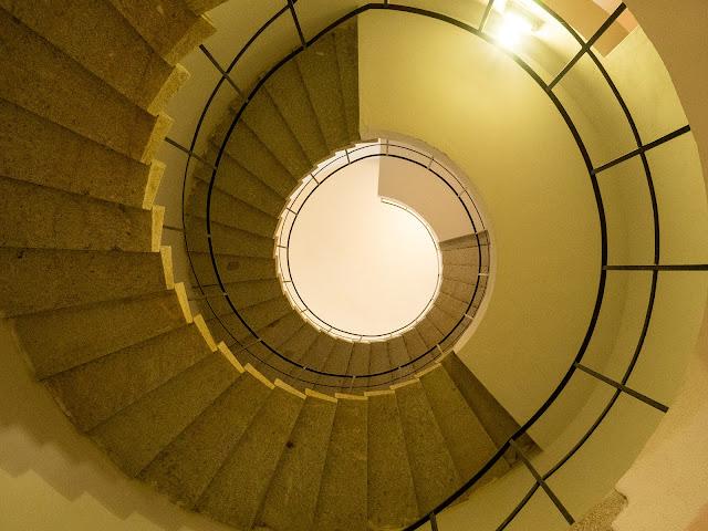 scala a chiocciola della Torre Martello