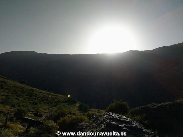 Amanecer subiendo al Mulhacén desde Trevélez