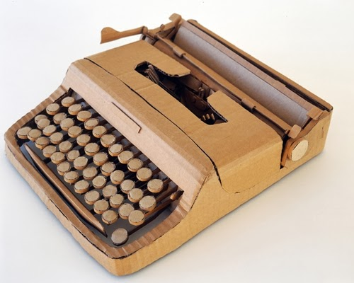 17-Typewriter-Life-Size-Chris-Gilmour-Cardboard-Sculptures-www-designstack-co