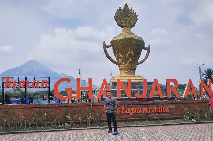 spot foto ikonik taman ghanjaran trawas