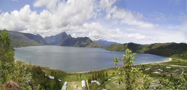 Danau Tage, Danau yang kecil dari 3 danau terbesar di dataran tinggi Meuwo