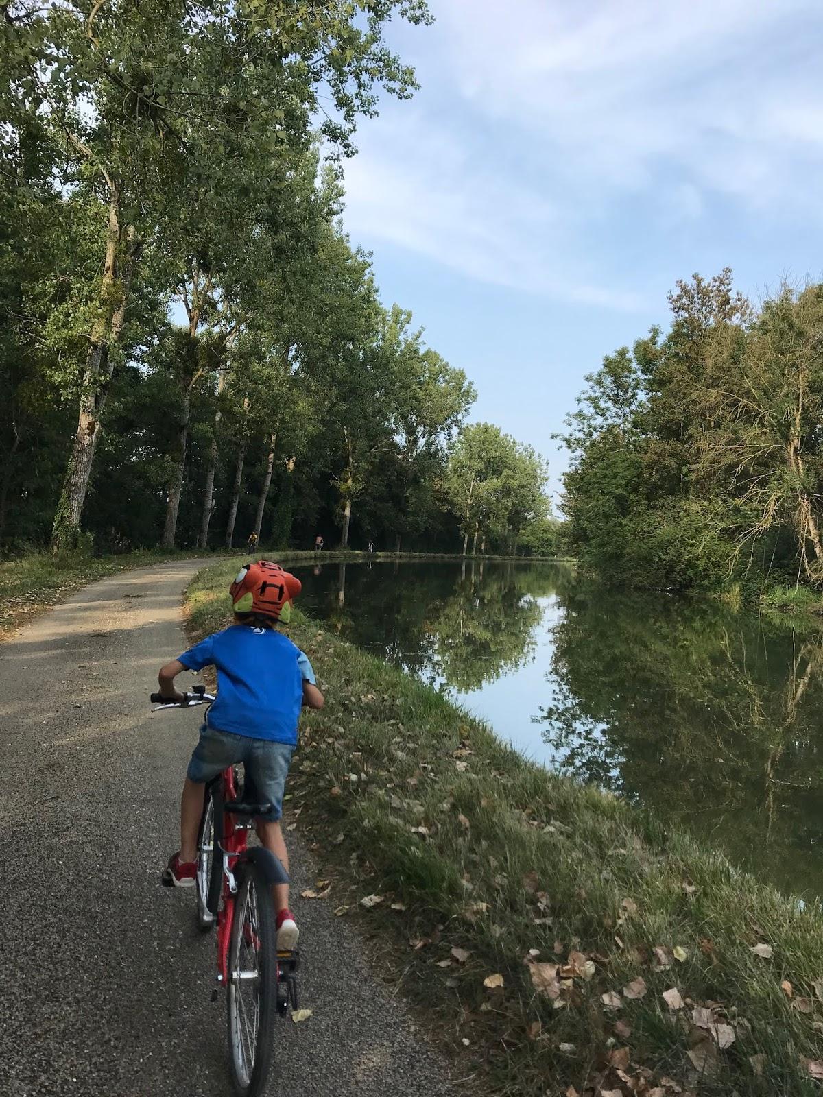 canal de bourgogne à vélo