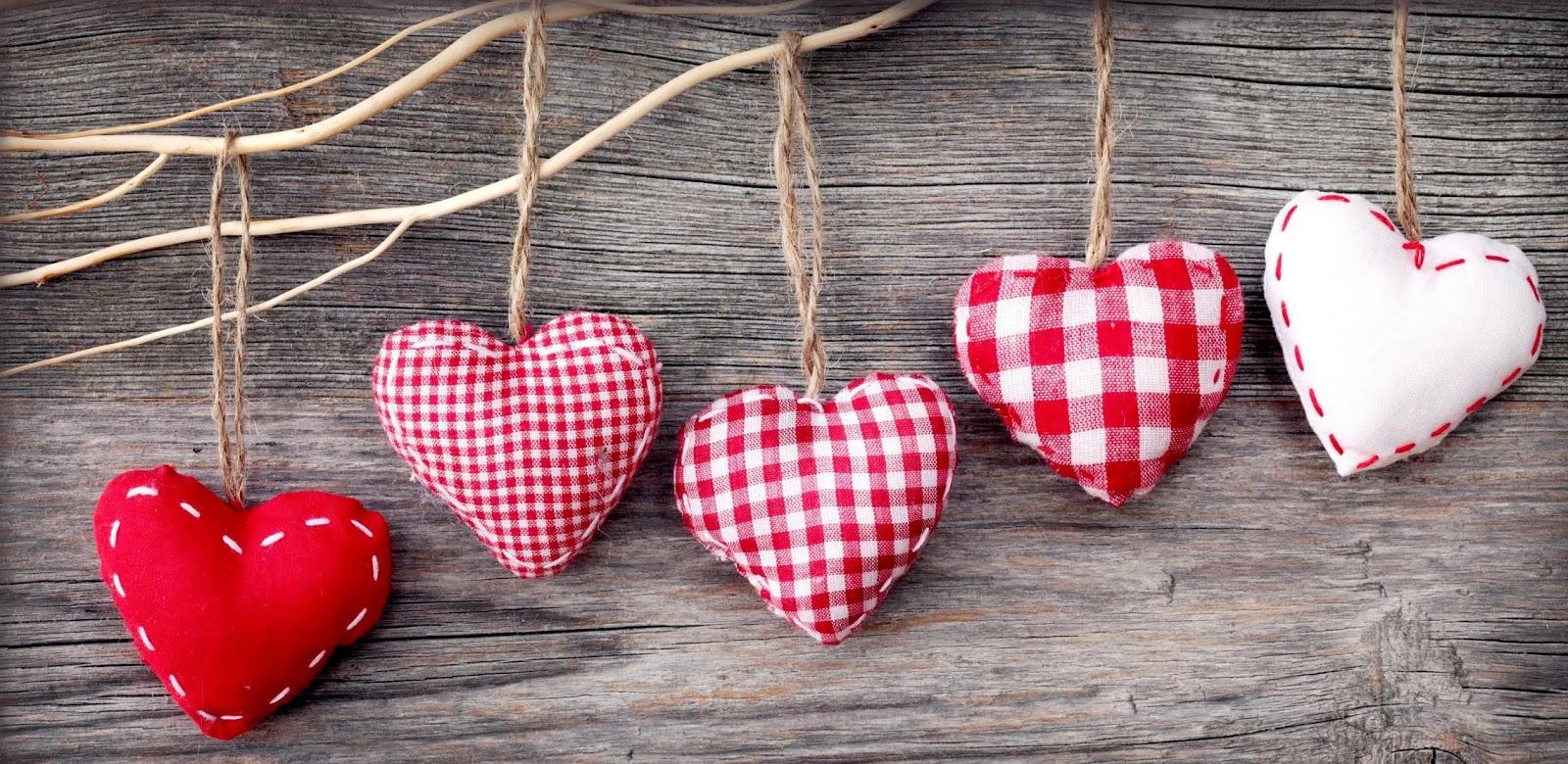 hình nền nhiều trái tim dễ thương