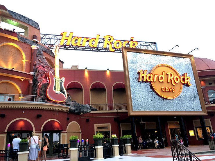 Hard Rock Cafe Happy Hour Universal City