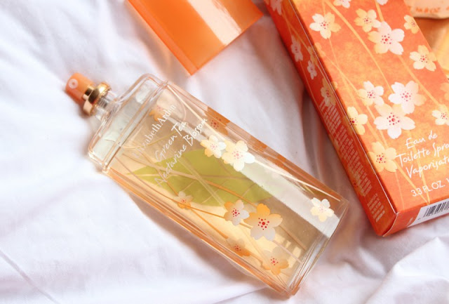 Elizabeth Arden Green Tea Nectarine Blossom Collection Review