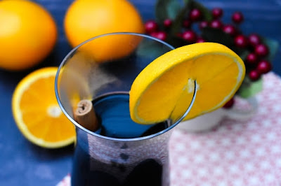 Slow Cooker Mulled Wine with Orange Liqueur