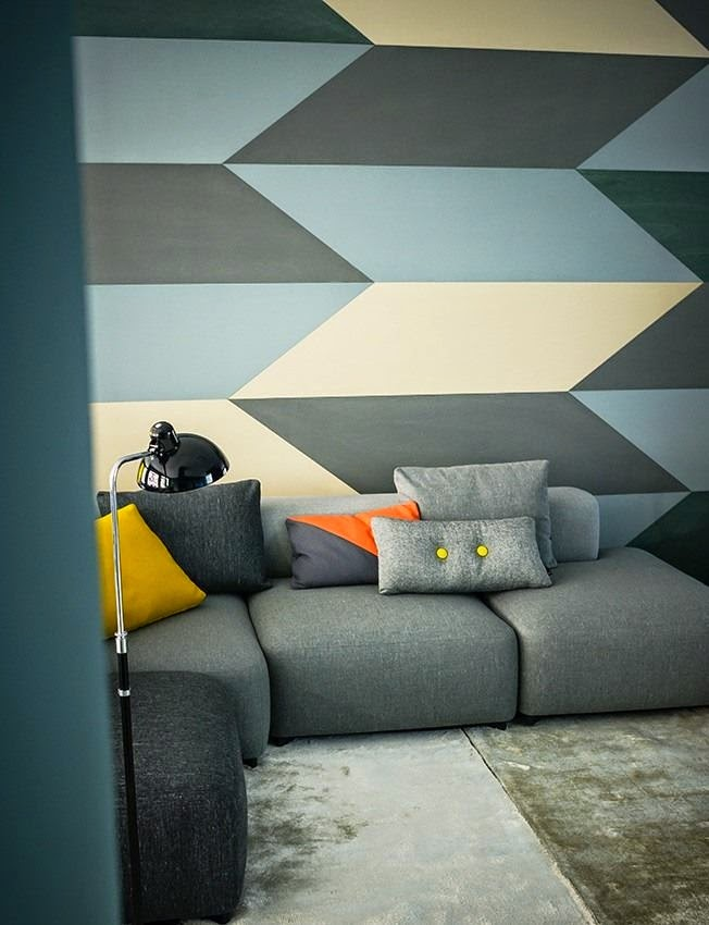 Stardust designs geometric chevron wall before and after - Geometric wall designs with paint ...