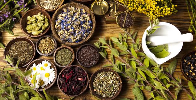 minyak herbal, minyak herbal srimedani, komposisi minyak srimedani, minyak srimedani, minyak urut srimedani, minyak patah tulang,