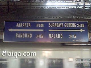 informasi jarak di Stasiun Tugu, Yogyakarta