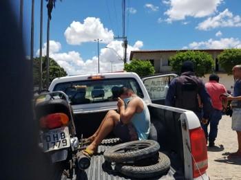 Guarda Municipal de São Miguel dos Campos (AL) prende elemento acusado de roubar moto