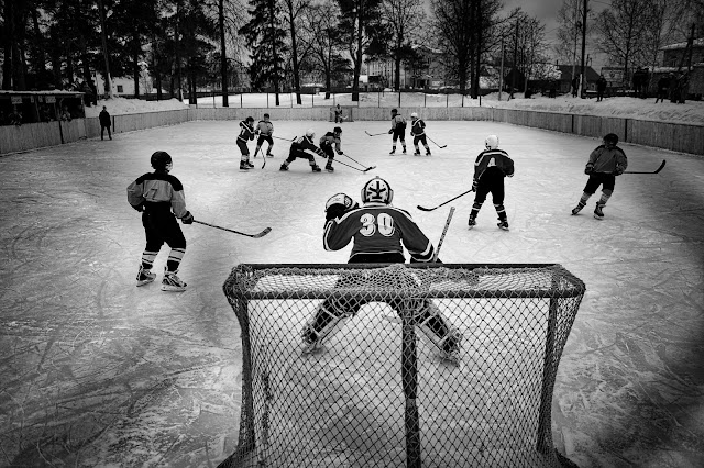 Green Pear Diaries, fotografía, World Press Photo Contest 2016, Vetluga's Hockey, por Vladimir Pesnya