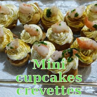 http://danslacuisinedhilary.blogspot.fr/2013/07/mini-cupcakes-aux-crevettes-mini-shrimp.html