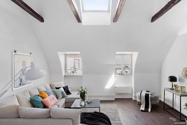 Mansardă de 74 m² cu dormitor de oaspeți la înălțime
