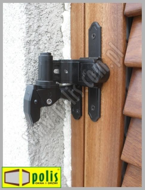 okiennice z drewna, lamele regulowane,