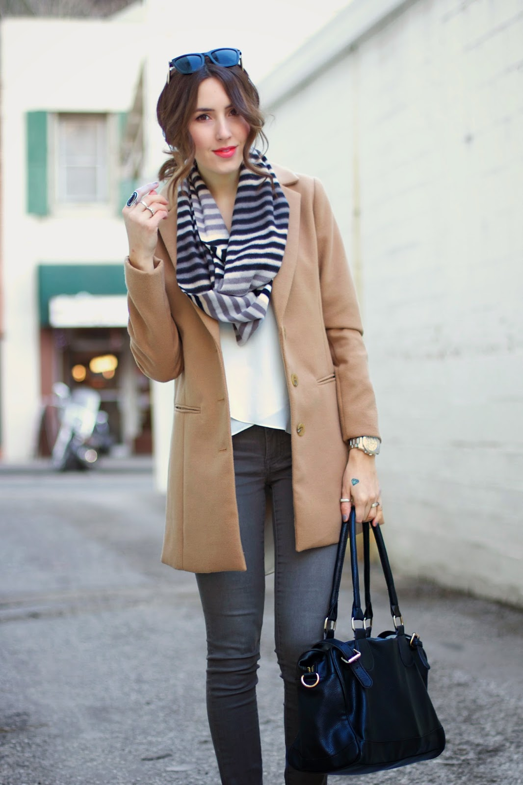 tan-coat-outfit-idea