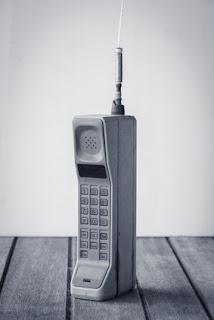 La historia del teléfono móvil: David contra Goliat