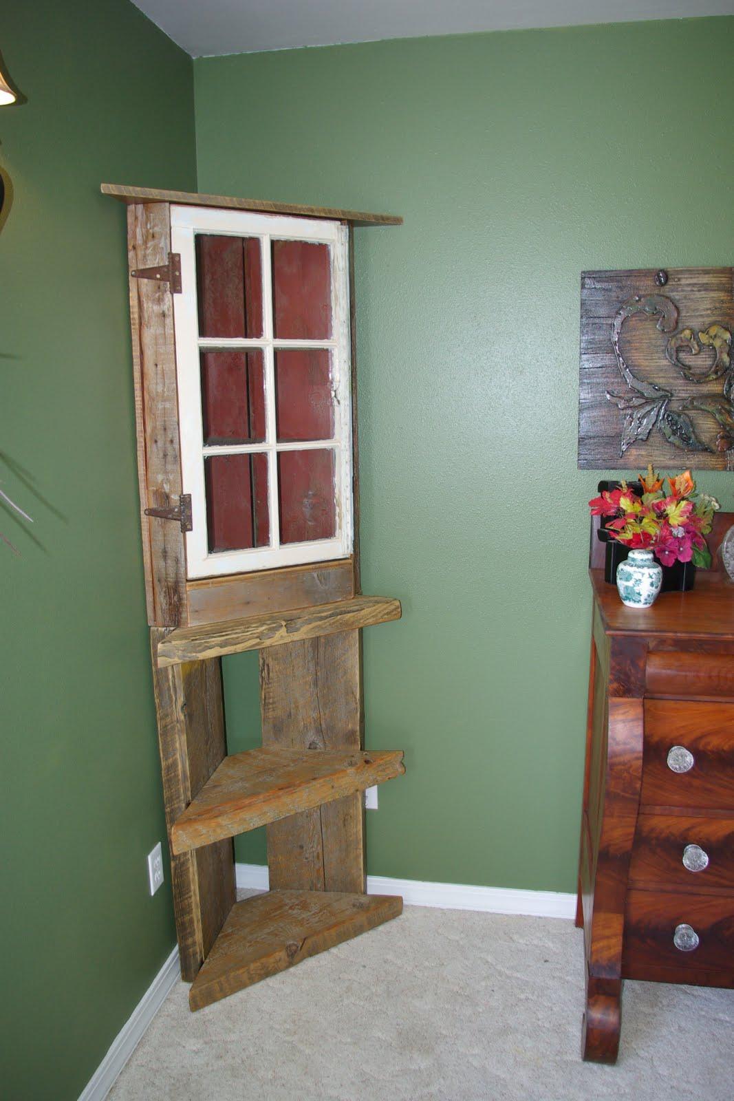 Reclaimed Rustics Barn Wood Corner Shelf Hutch